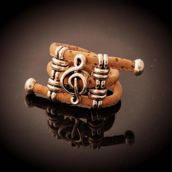 Treble Clef Adjustable Natural Cork Music Ring