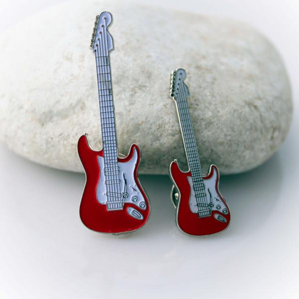 Fender Stratocaster Style Red Pin Badge - Standard Size & Super Size!