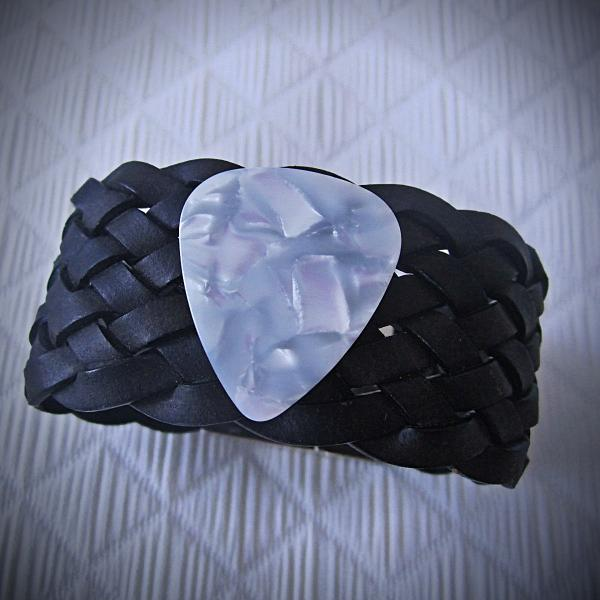 Chunky Magnetic Leather Bracelet with White Guitar Pick