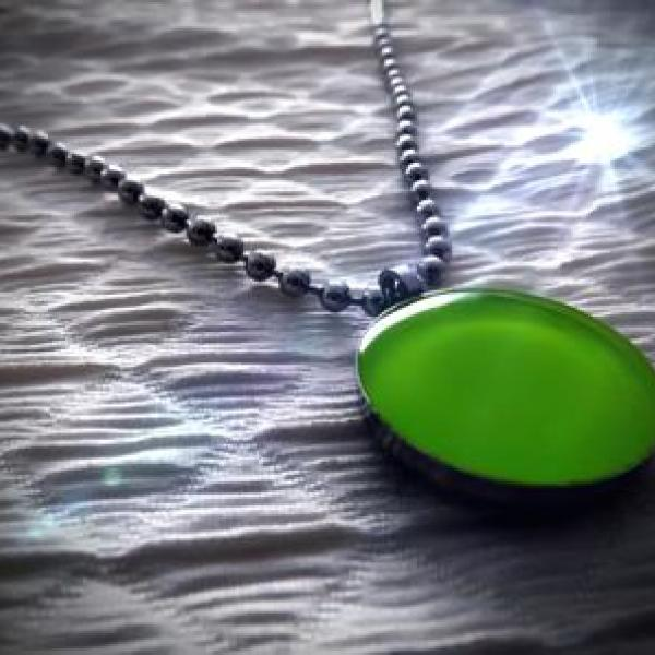 Plain Lemon Green Circle Pendant