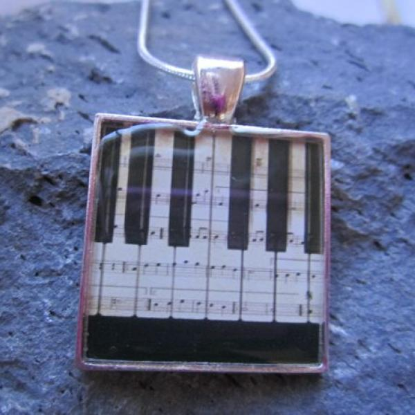 Piano/Keyboard - Funky Resin Pendant
