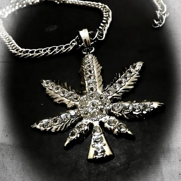 Hip Hop Iced Out Marijuana Weed Leaf Pendant